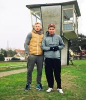junge Männer - Fußballplatz Premnitz